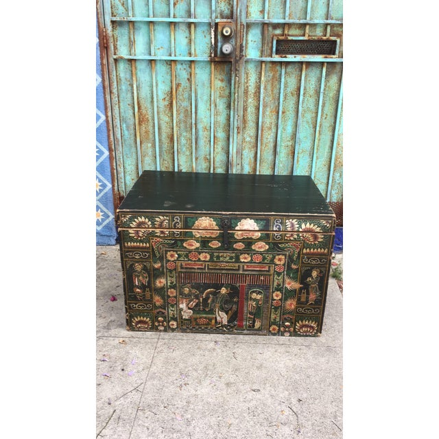 Antique Early 20th Century Chinese Floral Trunk For Sale - Image 10 of 10