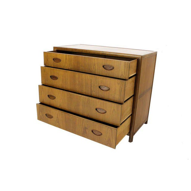 Baker Mid Century Modern Light Walnut Finish Bachelor Chest or Dresser For Sale - Image 10 of 10