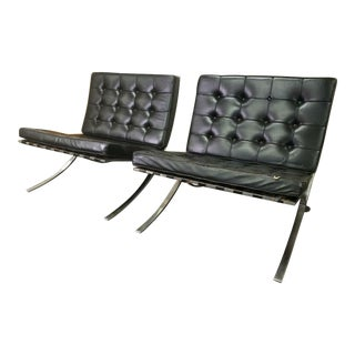 Mid-Century Modern Knoll Black Leather Barcelona Chairs - a Pair For Sale