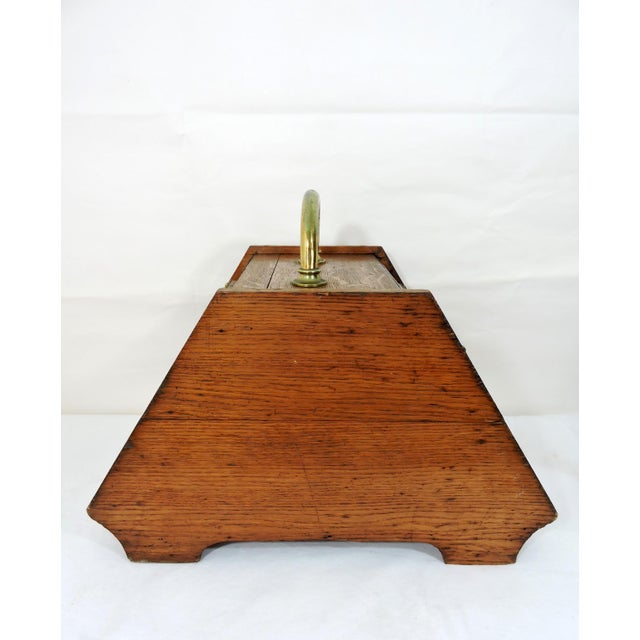 Cottage 20th Century Traditional Oak Coal Purdonium or Scuttle For Sale - Image 3 of 8