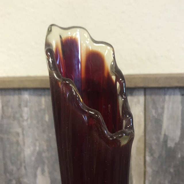 Mid-Century Modern Vintage Mid-Century Modern Ribbed Slung Vase For Sale - Image 3 of 9