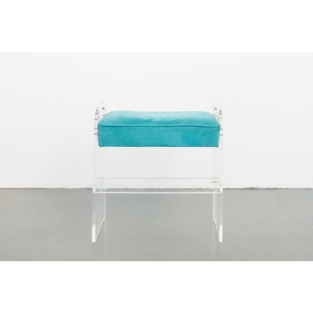 Modern Late 20th Century Vintage Lucite Stool For Sale - Image 3 of 7