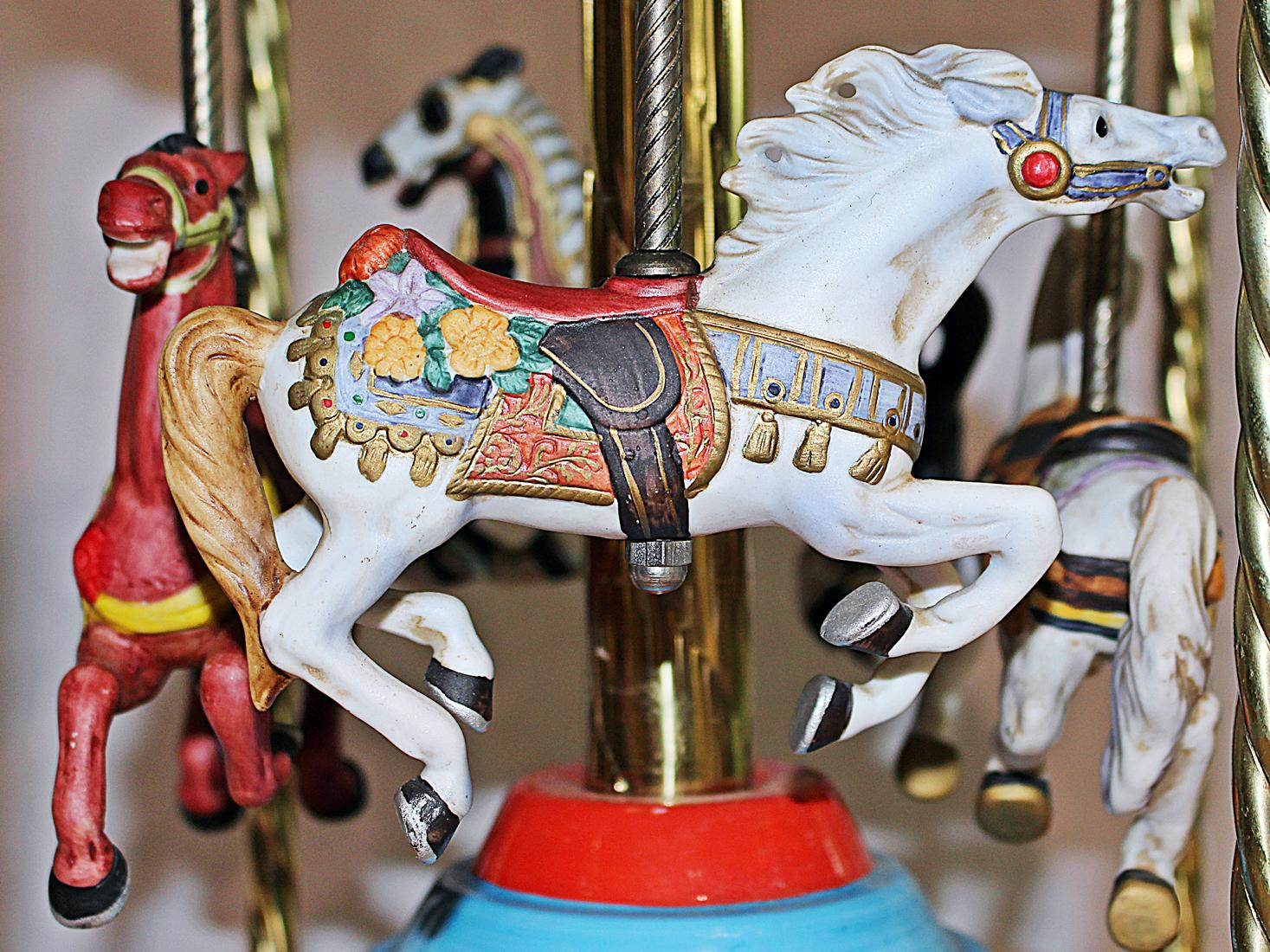 Tabletop Carousel By Fraley For Sale In West Palm   Image 6 Of 9