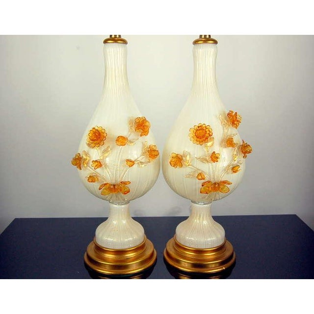 The Marbro Lamp Company Marbro Murano Glass Table Lamps White Gold Flowers For Sale - Image 4 of 10