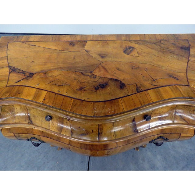 Italian Louis XV Style Bombe Commode For Sale - Image 4 of 13