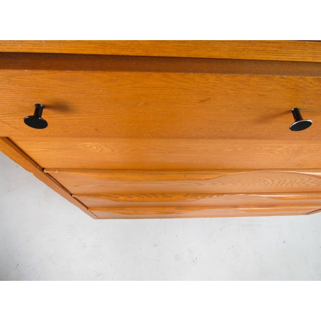 Wood Mid Century Modern Heywood Wakefield 6 Drawer Highboy Dresser in Oak For Sale - Image 7 of 9