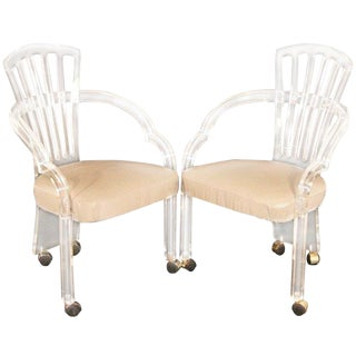 1970s Mid-Century Modern Hill Manufacturing Co Clear Lucite Sculpted Armchairs - a Pair For Sale