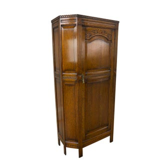 1900s Gothic Revival Oak Entry Hall Robe Cabinet Preview