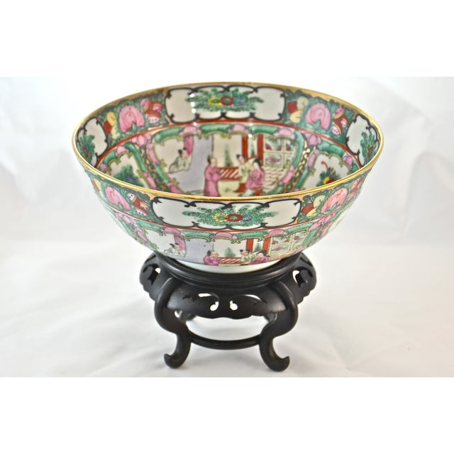 Asian Pink Famille Rose Bowl & Stand For Sale - Image 3 of 9