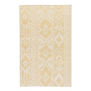 Jaipur Living Farid Handmade Ikat Yellow/ Cream Area Rug - 3′6″ × 5′6″ For Sale