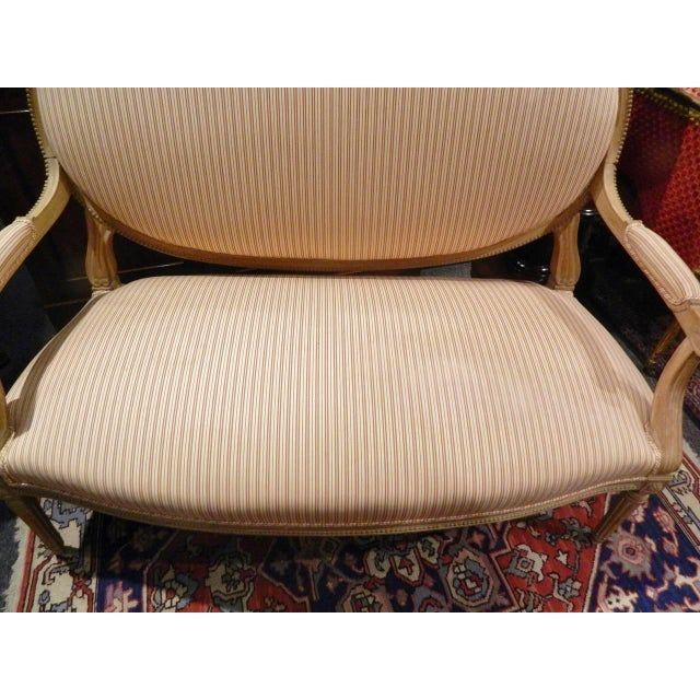 Louis XVI Style Limed Wood Settee or Loveseat, Late 19th or Early 20th Century For Sale - Image 10 of 11