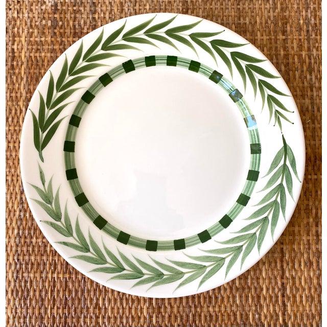 Green Este Ceramiche Vietri Green Laurel Rim Dinner Plates - Set of 7 For Sale - Image 8 of 10