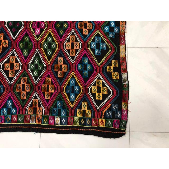 1960s Vintage Naturel Wool Turkish Kilim Rug- 3′10″ × 9′8″ For Sale - Image 6 of 11