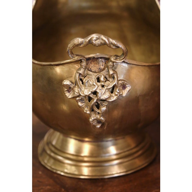 Mid-19th Century French Brass, Bronze and Porcelain Coal Bucket For Sale - Image 10 of 12
