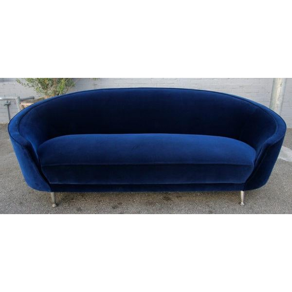 Italian sofa from 1960s in the style of Ico Parisi. S-357