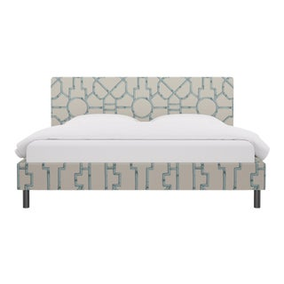 King Tailored Platform Bed in Blue Baldwin Bamboo By Scalamandre For Sale