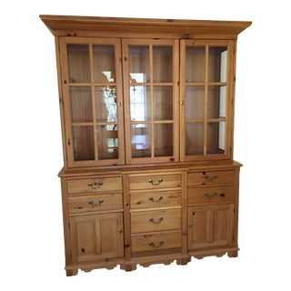 Thomasville Cambridge Pine Buffet and Glass Deck For Sale