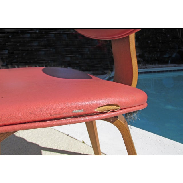 Thonet Vintage 1960 Bent Plywood Coral Vinyl Chair For Sale - Image 5 of 6