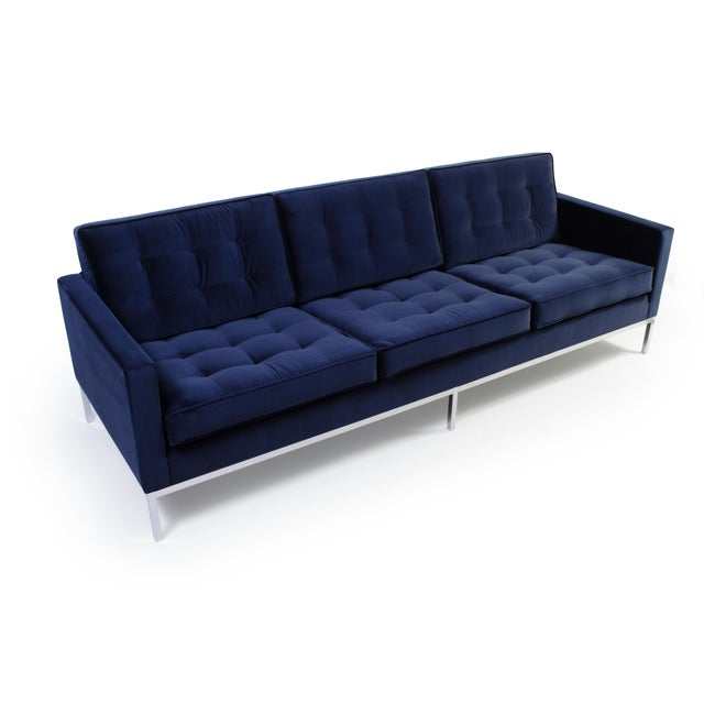 Knoll Florence Knoll Sofa in Navy Velvet For Sale - Image 4 of 8