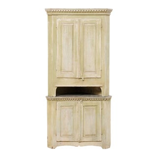 Late 18th Century Swedish Gustavian Painted Wood Corner Cabinet For Sale