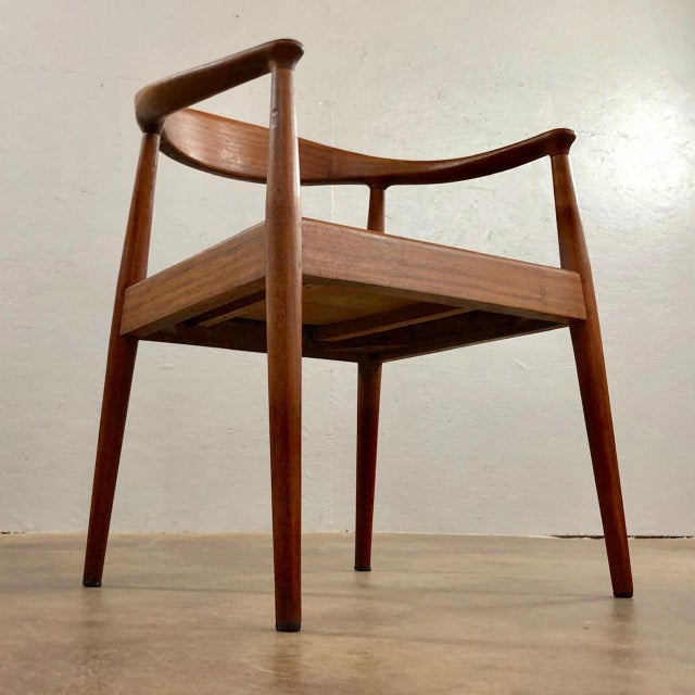 1960s Vintage Hans Wegner Style Danish Modern Dining Chairs- Set of 4 For Sale - Image 10 of 11