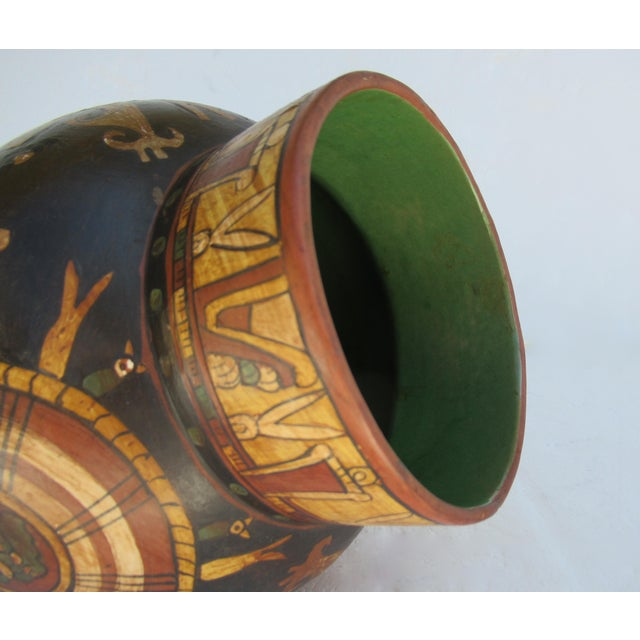 Ceramic C.1935-50s Vintage Mexican Hand-Made Terra-Cotta Bulbous Calabash Olla, 3-Legged Vessel For Sale - Image 7 of 13