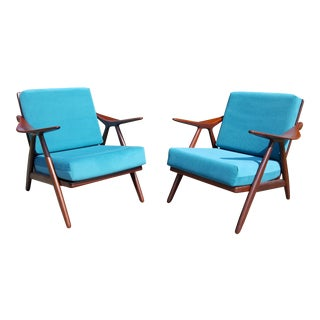 1960s Danish Modern Hovmand Olsen Lounge Chairs - a Pair
