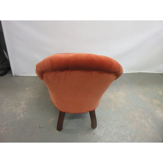 1970s 1970's Vintage Hancock and Moore Orange Velvet Chaise For Sale - Image 5 of 9