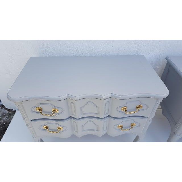 Gray Baker Furniture Serpentine Front French Country Nightstands A Pair For Sale - Image 8 of 12