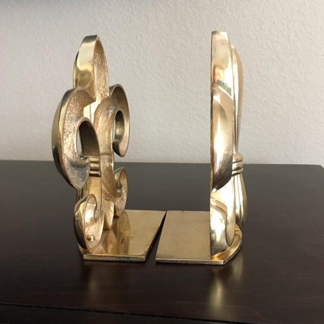 Hollywood Regency Fleur De Lis Solid Brass Bookends For Sale - Image 3 of 8
