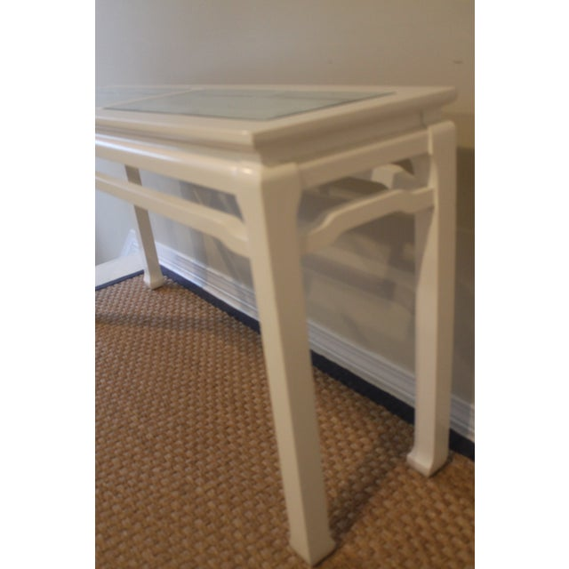 Chippendale Mid 20th Century Vintage White Ming Fret Work Console For Sale - Image 3 of 9