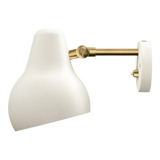 "Modern Vilhelm Lauritzen for Louis Poulsen ""Radiohus"" White Wall Light For Sale"