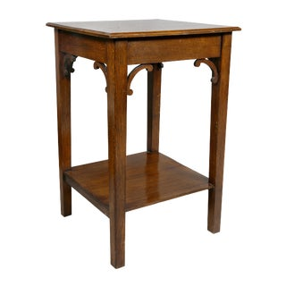 English Arts and Crafts Oak End Table For Sale