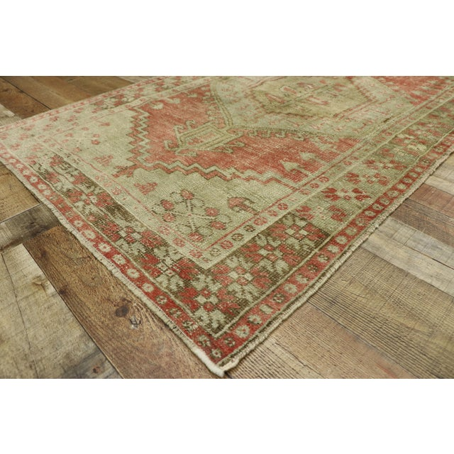 Distressed Vintage Turkish Oushak Rug - 3′4″ × 5′7″ For Sale In Dallas - Image 6 of 10