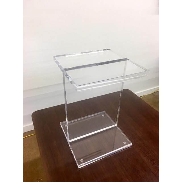 Contemporary Modern Gus Acrylic I-Beam Drink/ End Table For Sale - Image 3 of 4