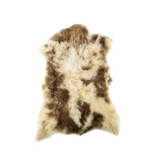 "2010's Modern Natural Sheepskin Pelt - 2'4""x3'1"" For Sale"