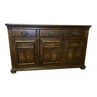 1970s Vintage Ethan Allen Royal Charter Jacobean Oak Server For Sale