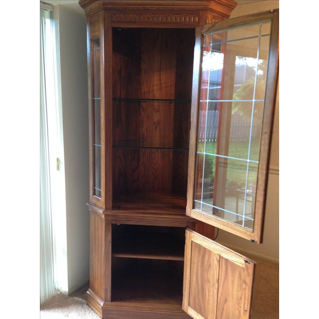 Pennsylvania House Lighted Corner China Cabinet - Image 3 of 6