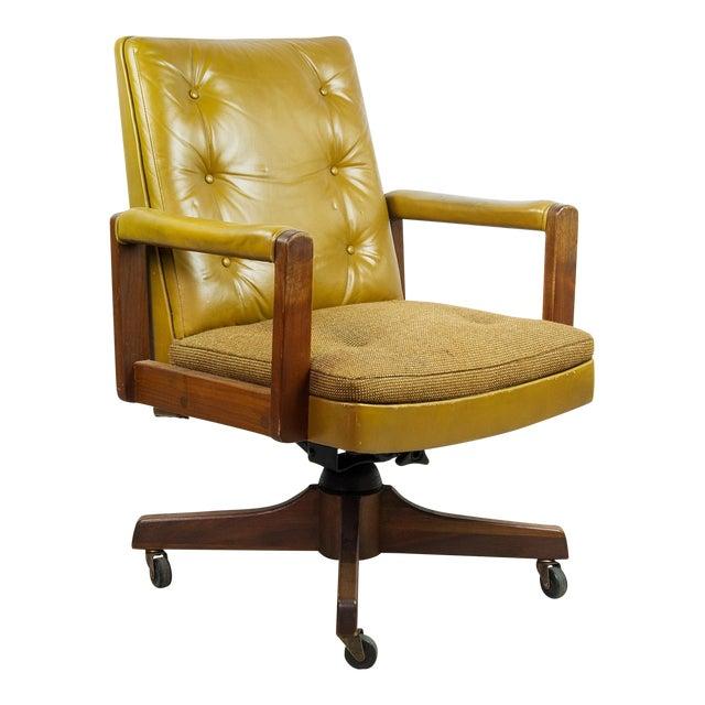 1970s Gunlocke Co. Yellow Swivel Office Chair - Image 1 of 10