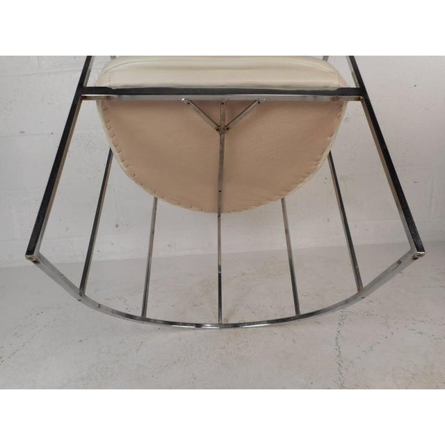 Set of Mid-Century Modern Dining Chairs in the Style of Milo Baughman For Sale - Image 11 of 11