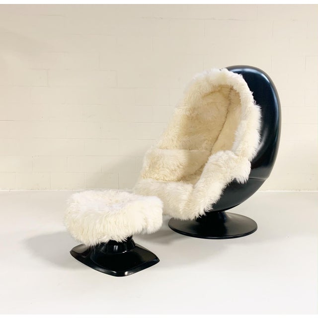 1970s Lee West Alpha Egg Chair and Ottoman Restored in New Zealand Sheepskin For Sale - Image 10 of 10