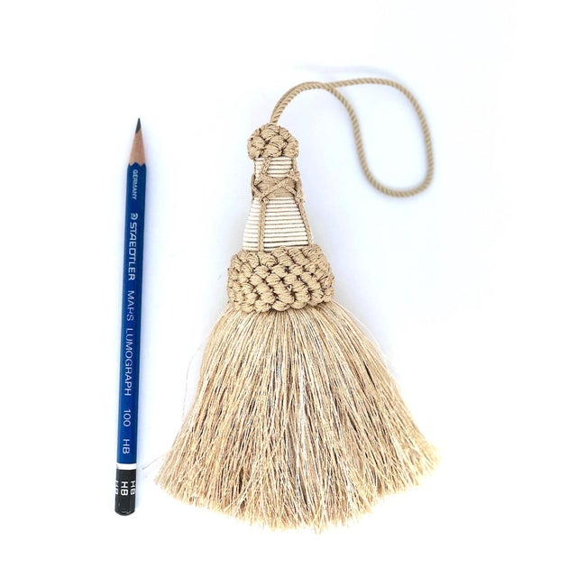 """Textile Champagne and White Key Tassels With Cut Ruche Trim - Tassel Height 5.75"""" For Sale - Image 7 of 11"""