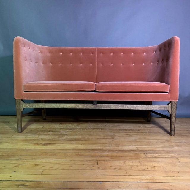 Arne Jacobsen Arne Jacobsen, Flemming Lassen 2-Seat Mayor Sofa For Sale - Image 4 of 10