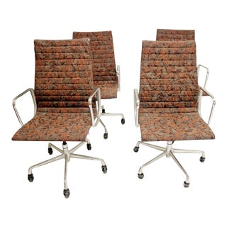 1960s Mid Century Modern Eames Aluminum Group Chairs - Set of 4