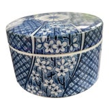 Image of 1970s Vintage Tiffany & Co. Chinoiserie Hand Painted Blue and White Ceramic Canister For Sale
