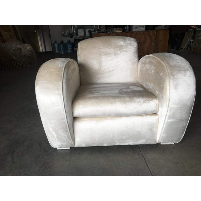 1970s Art Deco Pearl White Mohair Jazz Club Chair W/ Speed Arms For Sale - Image 5 of 11