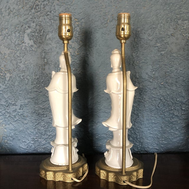 Chinese Blanc De Chine Quan Yin Goddess Table Lamps - a Pair For Sale - Image 3 of 12