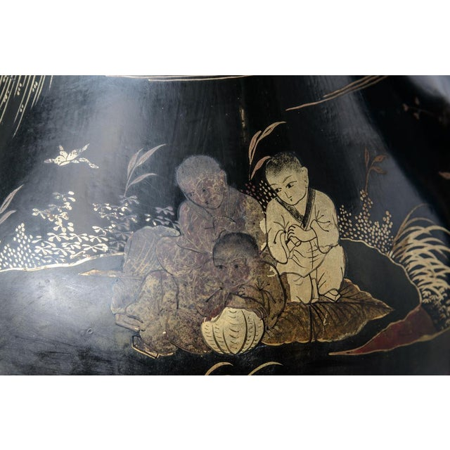 Lacquer Pair of Antique Huge Chinoiserie Lacquer Urn Lamps C.1870-1890 For Sale - Image 7 of 12