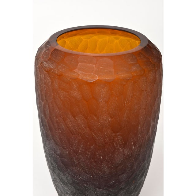 Seguso Company Rare Italian Modern Dark Amber and Gilt Decorated Vase, Seguso For Sale - Image 4 of 10