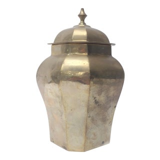 Vintage Chinoiserie Lidded Brass Ginger Jar Urn With Faceted Sides For Sale
